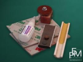 Набор инструментов для самостоятельной замены наклейки